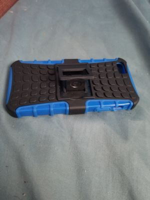 iPhone 5's blue and black case
