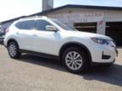 Used 2017 NISSAN Rogue SV in Mankato, MN