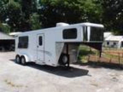 2015 Shadow Select Three Horse Slant Trailer 3 horses