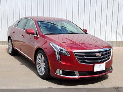 2019 Cadillac XTS Luxury Collection (Red Horizon Tintcoat)