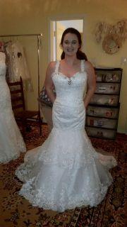 Kelley's Mermaid Lace Spaghetti Strap Wedding Gown Size 14 Ivory