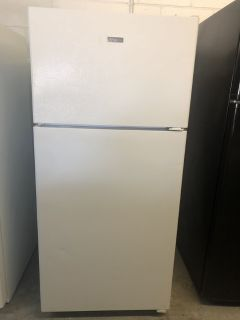 HotPoint White Top Mount Refrigerator
