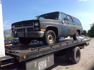 1987 Chevrolet R10 Suburban