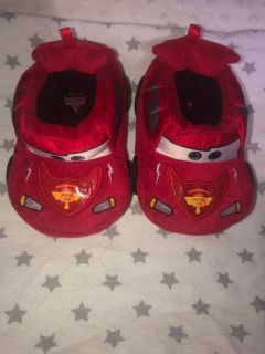 {PPU-White house} Toddler 7/8 Cars slippers *euc