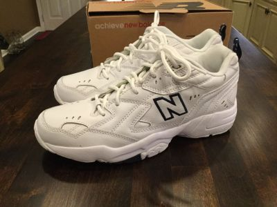Never Worn Leather New Balance Cross Trainers sz 10