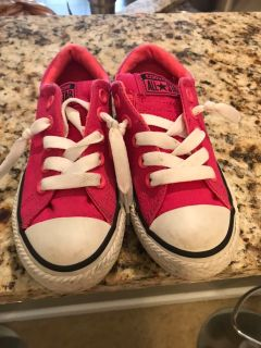 Converse girl shoes