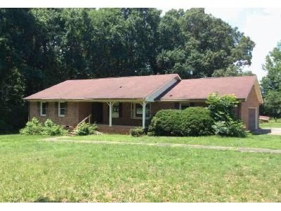 3 Bed 2 Bath Foreclosure Property in Charlotte, NC 28216 - Kelly Rd