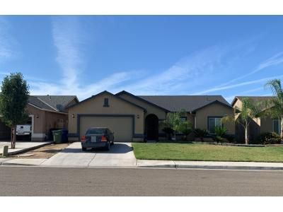 3 Bed 2 Bath Preforeclosure Property in Dinuba, CA 93618 - Fort Worth Ave
