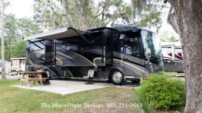 2011 Winnebago Tour 42QD  Bath & Half