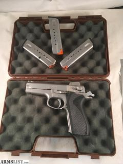 For Sale: Smith & Wesson 5906. 9mm