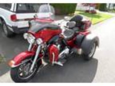 2013 Harley-Davidson FLHTCUTG-Triglide-Ultra-Classic Touring in Lacey, WA