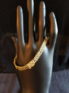 Ladies Italian Gold Bracelet