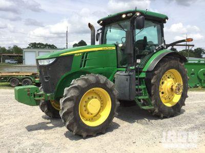 2012 John Deere 7215R 4WD Tractor