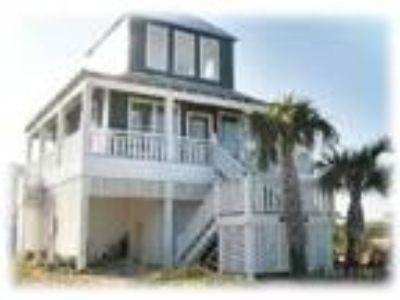 Beachhouse on Gulf Coast with Pool!!! Spring and Summer Discounts! - House
