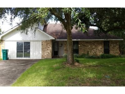 Preforeclosure Property in Orange, TX 77632 - Pinemont Dr