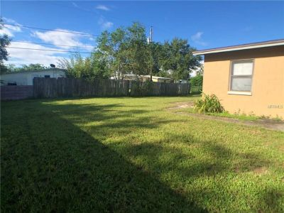 This cute 3 bedroom 1 bathroom home is perfect for a starter home or rental investment property.