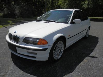 2001 BMW 3-Series 325i (White)