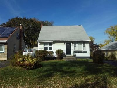 4 Bed 1.5 Bath Foreclosure Property in Rensselaer, NY 12144 - Hudson Ave