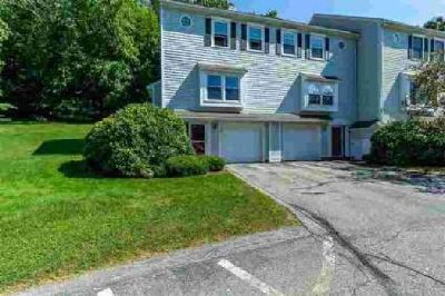 62 Stillwater Drive Nashua Two BR, Lovely townhouse in