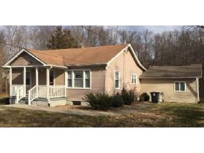 2 Bed 1 Bath Foreclosure Property in Upper Marlboro, MD 20772 - Old Indian Head Rd