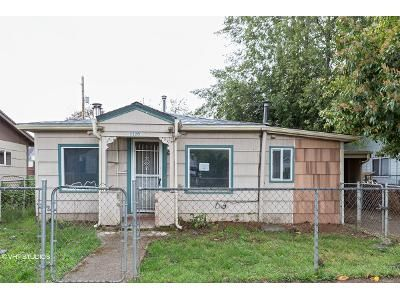 2 Bed 1 Bath Foreclosure Property in Salem, OR 97304 - 6th St NW