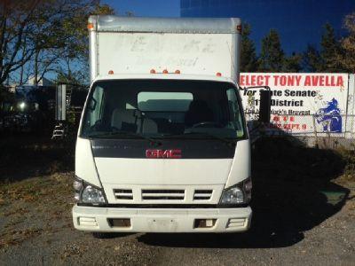 2006 GMC W4500 (Isuzu NPR HD) Commercial 16ft Box Truck.
