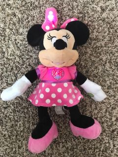 Minnie Light up and sings and talks