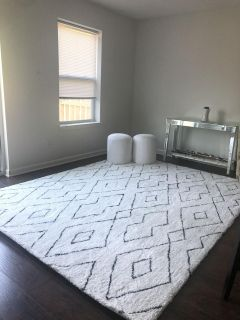 New 7 6 x 9 6 hand tufted rug