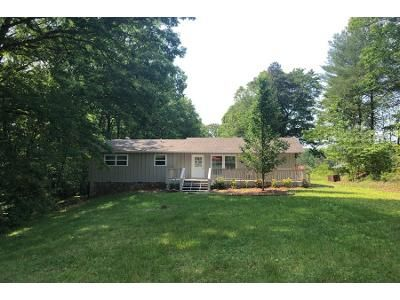 2 Bed 1.0 Bath Preforeclosure Property in Murphy, NC 28906 - Panther Top Rd
