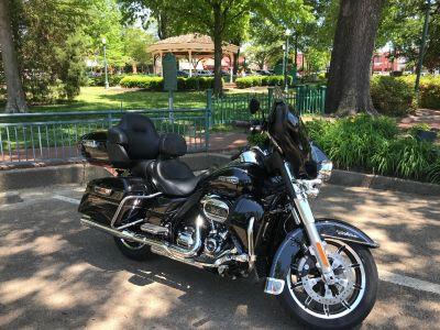 2017 Harley-Davidson ELECTRA GLIDE CLASSIC