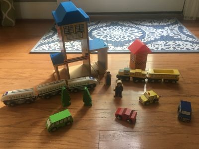 Wooden train pieces from toys r us. Ppu $7