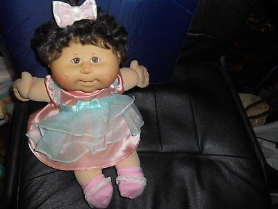Brown Hair and Brown Eyed CABBAGE PATCH Girl Doll! Very nice