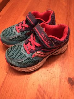 Girls Saucony Sneakers Size 10.5