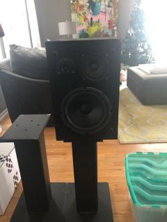 Bookshelf Speakers with Stands (2 speakers 2 stands) $25 for all