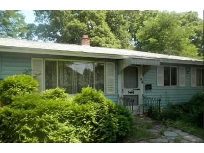 3 Bed 1 Bath Foreclosure Property in Brockton, MA 02302 - Ruth Rd