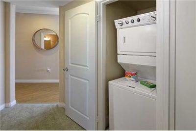 $2,805 / 2 bedrooms - Great Deal. MUST SEE!
