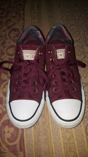 Converse Shoes (sz 7)