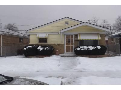 3 Bed 1 Bath Preforeclosure Property in Chicago, IL 60643 - S Green St