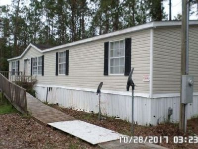 open floor plan 3bed 2bath on 1 acre mobile home