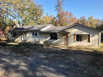 4 Bed 2 Bath Foreclosure Property in Merlin, OR 97532 - Acorn St
