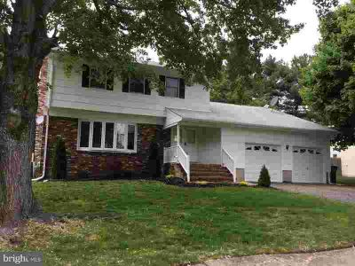 5 Huron Way Lawrence Township Four BR, A Stunning Colonial