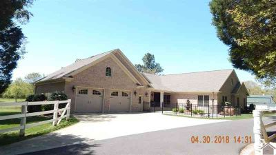 396-B J.B. Copeland Rd Benton Four BR, horse farm-the best of
