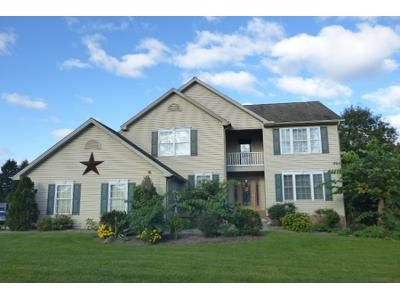 4 Bed 2 Bath Preforeclosure Property in Mechanicsburg, PA 17055 - Alison Ave