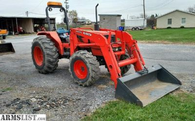 For Sale: tractor w/Loader & Bucket