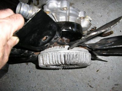 Sell 1999 DODGE DURANGO WATER PUMP WITH FAN!!! / DODGE DAKOTA -PUMP IS FAIRLY NEW! motorcycle in East Haven, Connecticut, US, for US $49.99