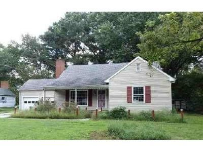 2 Bed 1 Bath Foreclosure Property in Salisbury, MD 21804 - Carolyn Ave