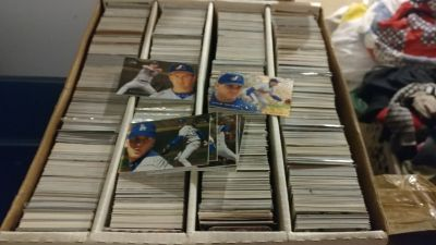 Baseball cards over 1000 cards