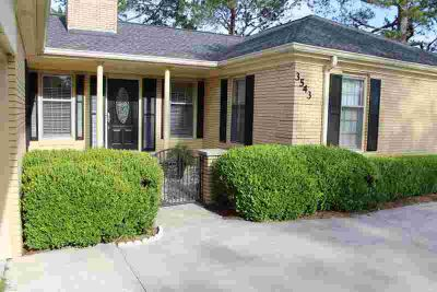 3543 Needham Waycross Three BR, Road is an awesome country home