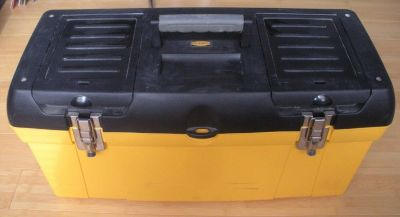 work force 24 in. toolbox with tray & top storage