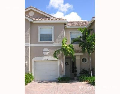 Townhouse Rental - 4273 SW 124th Ter